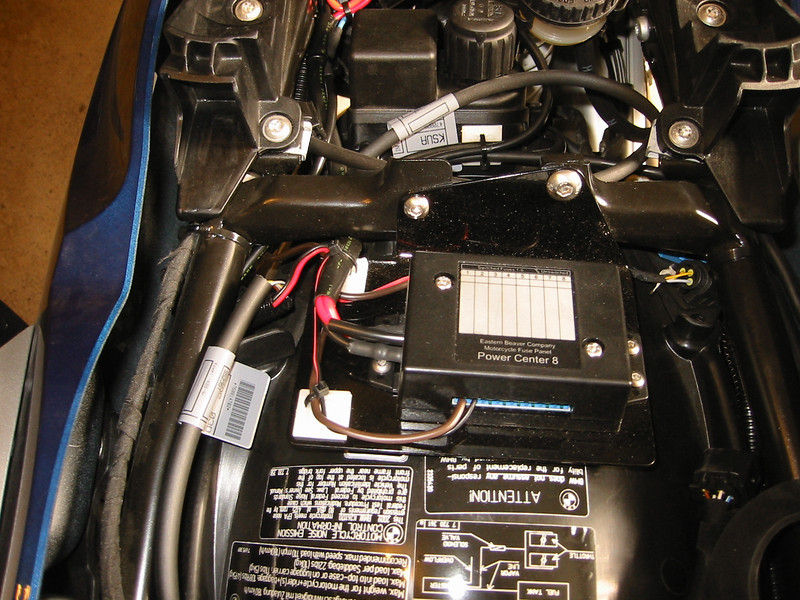 600719599_UcRzA L customizing the r1200rt bmwsporttouring forums eastern beaver fuse box at mr168.co
